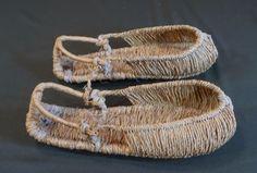 Korean-Folk-Art-Vintage-Straw-Shoes-JipShin-for-Ordinary-People