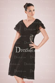 Adorable Knee-length Black Chiffon Mother of Bride Gown Featuring Tiered Design and Applique