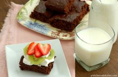 Skinny Fudgy Brownies (Quick & Easy) - A Kitchen Addiction from scratch!