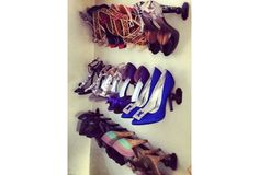 Show off your favourite heels with a storage solution that keeps heels organized, and on display. - ***** Sorry no instructions but looks like all you need is the shower rod, tape measure, a level, pencil, flat head screwdriver and an electric or Yankee drill. JN