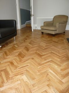 Distressed herringbone wood floor finished with Osmo hardwax oil natural Reclaimed Oak Flooring, Solid Wood Flooring, Parquet Flooring, Flooring Options, Hardwood Floors, Wood Floor Restoration, Wood Floor Finishes, Chevron Floor, Herringbone Wood Floor