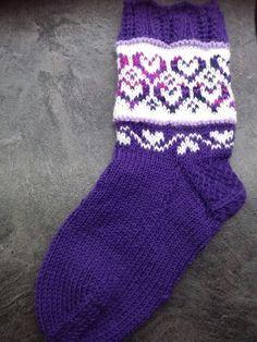 Marimekko, Blogg, Slippers, Socks, Knitting, Crafts, Craft Ideas, Fashion, Threading