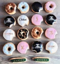 Beats eating donuts from Greggs! These delicious designer delicacies are worth that extra hour at the gym. Delicious Donuts, Yummy Food, Kreative Desserts, Photo Wall Collage, Aesthetic Food, Aesthetic Vintage, Aesthetic Girl, Cute Food, Sweet 16