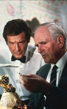 Roger Moore (James Bond) and Desmond Llewelyn (Q) in Octopussy, Ian Fleming Roger Moore, George Lazenby, Bond Series, Westerns, Timothy Dalton, Bond Cars, Cinema, The Lone Ranger, Actresses