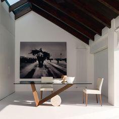 Cattelan Italia Valentino table by Emanuele Zenere