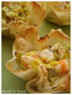 Party Ideas — Inspirational Ideas for Savoury Shot Glass Canapes Appetizers For Party, Appetizer Recipes, Seafood Recipes, Cooking Recipes, Quiches, Pescatarian Recipes, Food Inspiration, Food Photo, Easy Meals