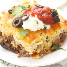 This Keto Mexican Cornbread Casserole by is what's getting us through this Monday! This Keto Mexican Cornbread Casserole by is what's getting us through this Monday! Low Carb Keto, Low Carb Recipes, Cooking Recipes, Recipes For Diabetics, Cooking Icon, Fast Recipes, Health Recipes, Steak Recipes, Copycat Recipes