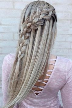 Amazing Braid Hairstyles for Christmas Party and other Holidays ★ See more: http://glaminati.com/christmas-party-braid-hairstyles/
