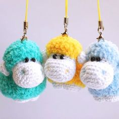 Such a cute amigurumi sheep will be a good decoration for a rucksack, mobile phone or keys. Use this free Sheep Keychain Crochet Pattern!