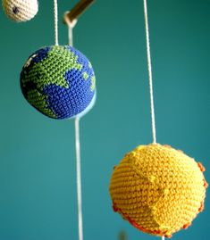 Hey, I found this really awesome Etsy listing at http://www.etsy.com/listing/153559855/solar-system-planets-mobile-crochet-baby