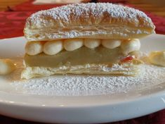 Vanilleschnitte mit Stachelbeergelee Hot Dog Buns, Hot Dogs, Gelatine, Bread, Food, Vanilla, Raspberries, Bakken, Brot