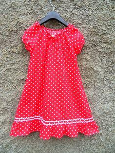 Pünktchenkleid in 9 Farben frei wählbar Punkte  von Zellmann Fashion auf DaWanda.com