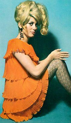 Catherine Deneuve in Chanel, photo David Bailey. UK Vogue 1966
