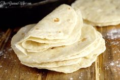 Homemade flour tortillas - frugal and way more delicious than store-bought tortillas. Warm, soft tortillas perfect for your next taco or burrito dinner night. Vegetarian Cooking, Vegetarian Recipes, Cooking Recipes, Cooking Tips, Bread Recipes, Easy Recipes, Recipes With Flour Tortillas, Homemade Flour Tortillas, Cooking Steak On Grill