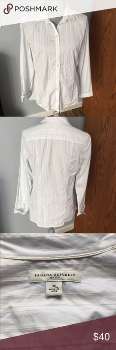 Banana republic fitted button up EUC. No signs of wear. White button up with light blue stripes Banana Republic Tops Button Down Shirts