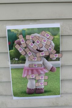 Doc McStuffins - Lambie's Pin the Bandaid on the Boo Boo - game activity