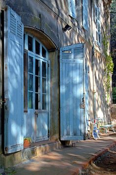 Blue shutters in Provence