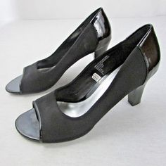 f9fcfd05b1 Merona Black Peeptoe Pumps Fabric Upper 3.5