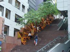 Jardines Urbanos- Espacios públicos transformados con Áreas verdes. -Hong Kong, edge design institute, urban design, cascade, public space, public design projects