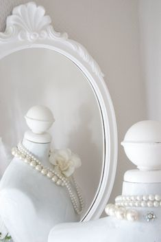 pearls #white #mirror #necklace #accessoires #jewellery #jewelry #shabbychic