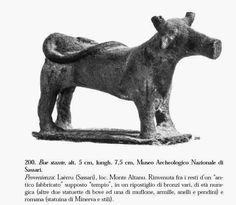 Fig. 9: un esempio di bronzetto nuragico. Da: Giovanni Lilliu, Sculture della Sardegna nuragica, Illisso editore, 1966