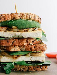 avocado-tofu sandwich + carmelized onions