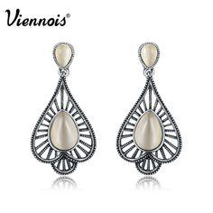 Lenora Retro Leaf Dangle Earrings Geometry Vintage Earrings jewelry fo – Alternative Measures