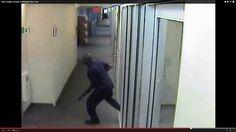 VIDEO: Vea en nuestra portada web las escalofriantes imágenes de la llegada a Navy Yard del tirador, Aaron Alexis: http://washingtonhispanic.com/index.php