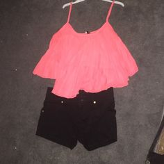Super cute tank top! perfect condition tank top! It is flowy and may fit like crop top! Perfect for the summer! Love Culture Tops Tank Tops