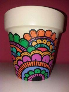 Decoupage instead of paint Flower Pot Art, Flower Pot Design, Flower Pot Crafts, Clay Pot Crafts, Painted Plant Pots, Painted Flower Pots, Paint Garden Pots, Clay Pots, Ceramic Pots
