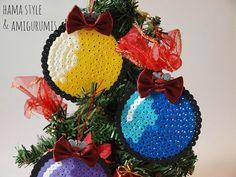Christmas ball hama beads/ 5 Bolas Navidad 1 de por HamaStyle
