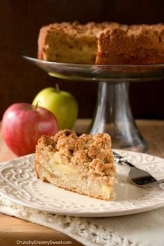 The Best Apple Crumb Cake (recipe)