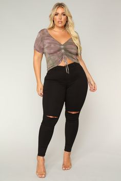 plus-size Tube Top Outfits, Mom Outfits, Sexy Outfits, Plus Size Outfits, Big Size Fashion, Thick Girl Fashion, Comfy Work Outfit, Plus Size Posing, Pernas Sexy