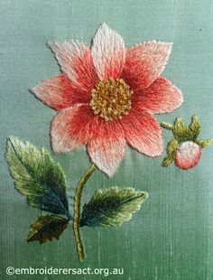Pretty colors - Dahlia Thread Painting by Evelyn Foster - Embroiderers' Guild ACT Hand Embroidery Videos, Crewel Embroidery Kits, Flower Embroidery Designs, Embroidery Needles, Silk Ribbon Embroidery, Embroidery Techniques, Cross Stitch Embroidery, Embroidery Patterns, Modern Embroidery