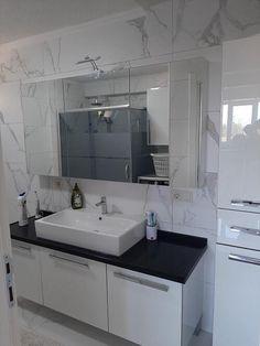 Washroom Design, Turu, Bathroom Organisation, Bathroom Cabinets, Bathroom Interior, Double Vanity, Beautiful Homes, Sweet Home, Sink