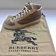 gold Plain Leather BURBERRY Trainers - Vestiaire Collective