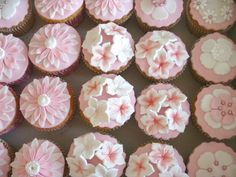 Flower cupcakes - Bruiloften - Twinkelotje.nl
