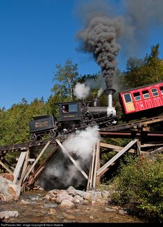 Steam still lives at The Cog. It's just not nearly as common as it once was. On the Sunday of Labor Day Weekend, New England was blessed wit...