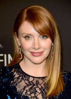 Pin for Later: This Is How the Stars at the Golden Globes REALLY Get Their Looks to Glow Bryce Dallas Howard Wearing Irene Neuwirth jewels. Golden Globe Award, Golden Globes, Gorgeous Women, Beautiful People, Short Red Hair, Bryce Dallas Howard, Mommy Jewelry, Golden Jewelry, Silver Jewelry