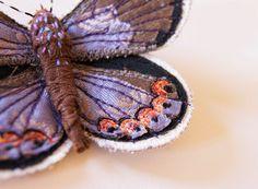 Broche Broderie Papillon Mélissa Bleu Entomology par BlueTerracotta