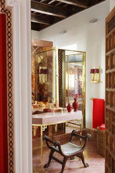 Walker Home Design: Holden Plan Lorenzo Castillo ~ Red Alicante marble;Master bathroom of century Seville. Modern House Design, Palace Interior, Beautiful Interior Design, Modern Interior, White Apartment Decor, Decor Interior Design, Apartment Design, Luxury House Designs, Madden Home Design