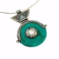 Collier Turquoise, bijoux création la bijouterie Toulouse Laoula http://www.laoula-bijoux.com/boucles-oreilles-corail-en-argent.htm