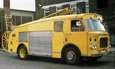 Old Trucks, Fire Trucks, Rescue Vehicles, Fire Apparatus, Emergency Vehicles, Fire Engine, Fire Department, Ambulance, Firefighter