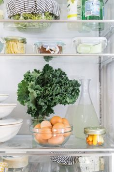 Refrigerator organization and food storage tips. #organizedhome #kitchenorganization #kitchen #organization #refrigerator #refrigeratororganization