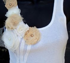 White tank top with flower embellishments Diy Fashion, Fashion Outfits, Diy Tops, Altering Clothes, Embroidery Fashion, Diy Clothing, Beautiful Outfits, Refashioning, Doll Clothes