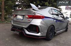 Honda City, Lux Cars, Honda Civic Si, Weird Cars, Cr V, Vehicles, Wheels, Creative, Ideas