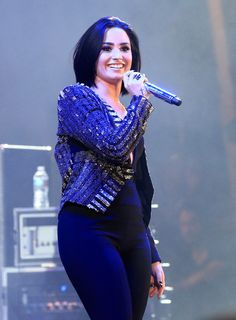 Demi Lovato Photos Photos - Recording artist Demi Lovato performs onstage during CBS RADIOs third annual We Can Survive, presented by Chrysler, at the Hollywood Bowl on October 2015 in Hollywood, California. - CBS RADIO's Third Annual We Can Survive 2015 Demi Lovato 2015, Demi Lovato Style, Selena Gomez, Camp Rock, Calvin Harris, Maroon 5, 5 Seconds Of Summer, Rihanna, Ariana Grande