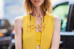 The new trendy Lanvin necklaces, spotted at New York Fashion week street style photos, say happy! Glamour Fashion, Mode Glamour, Fashion For Petite Women, Womens Fashion, Fashion Over, Fashion Tips, Fashion Details, Nyfw Street Style, Fashion Pictures