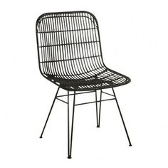 Rotan stoel zwart moderne eetkamerstoel met warme uitstraling door zijn materiaal gebruik is deze stoel ontzettend basic en hip ook te combineren met kleur.