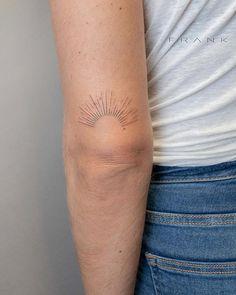 Rise and shine hehe okey Small Back Tattoos, Small Finger Tattoos, Tattoos For Women Small, Small Tattoo, Elbow Tattoos, Line Tattoos, Body Art Tattoos, Sleeve Tattoos, Moutain Tattoos